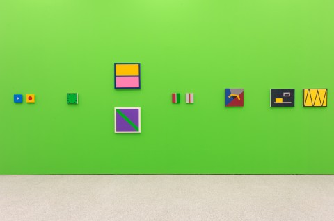 When Now is Minimal (in primo piano: Gerwald Rockenschaub, Ohne Titel, 1986 e Ohne Titel 1984) - veduta della mostra presso Museion, Bolzano 2013 - Courtesy Sammlung Goetz - photo Othmar Seehauser