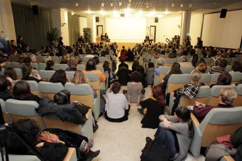 Sala conferenze della Gam di Torino in occasione del casual talk di Kira Perov e Bill Viola, 11 dicembre 2013