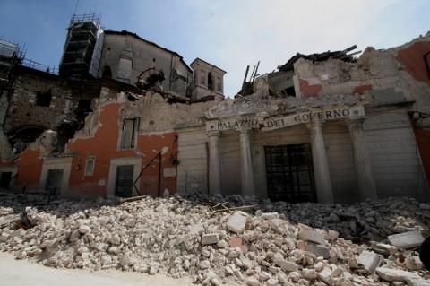 Il centro storico dell'Aquila, devastato dal sisma