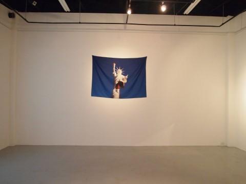 Ryts Monet - Sisters - veduta della mostra presso la Coexist Gallery, Tokyo 2014