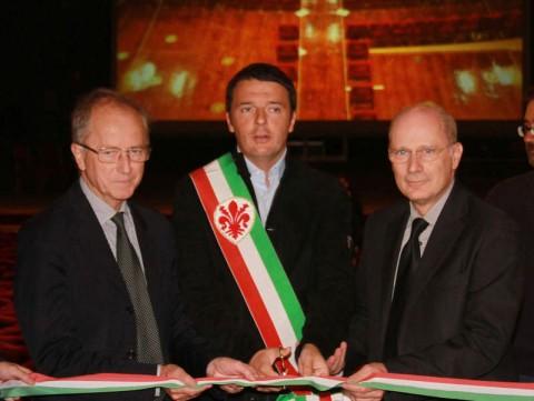 Matteo Renzi alla Pergola, 2013 - taglio del nastro della nuova platea, parte di un restauro costato 4 milioni di euro