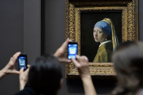 Il pubblico in visibilio di fronte a Vermeer, a Bologna