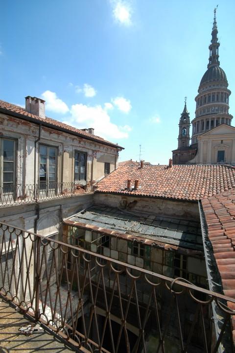 Casa Bossi, Novara