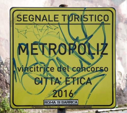 Gianni Piacentini, Segnale Turistico, 2013 - MAAM, Roma