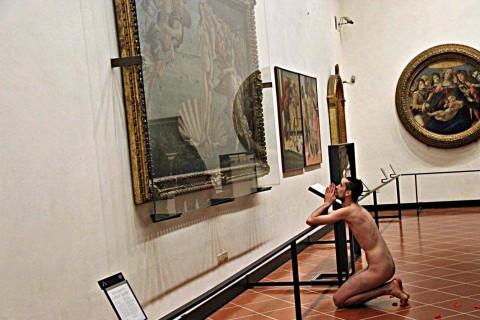 Adrián Pino Olivera, Venus - Galleria degli Uffizi, Firenze 2014