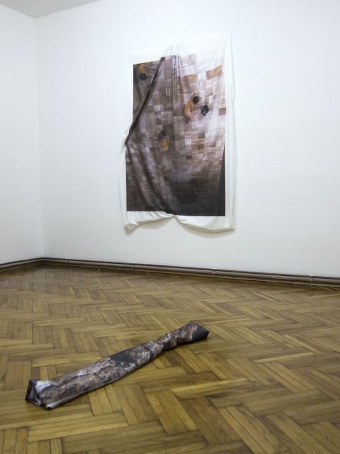 Marco Pezzotta, Pluralism (pieces of the planet), 2013 - Print on silver satin, 116 x 20 x 10 cm - Pluralism (pieces of the planet) 2013 Print on silver satin  116 x 20 x 10cm Galleria Beo_Project, Belgrado