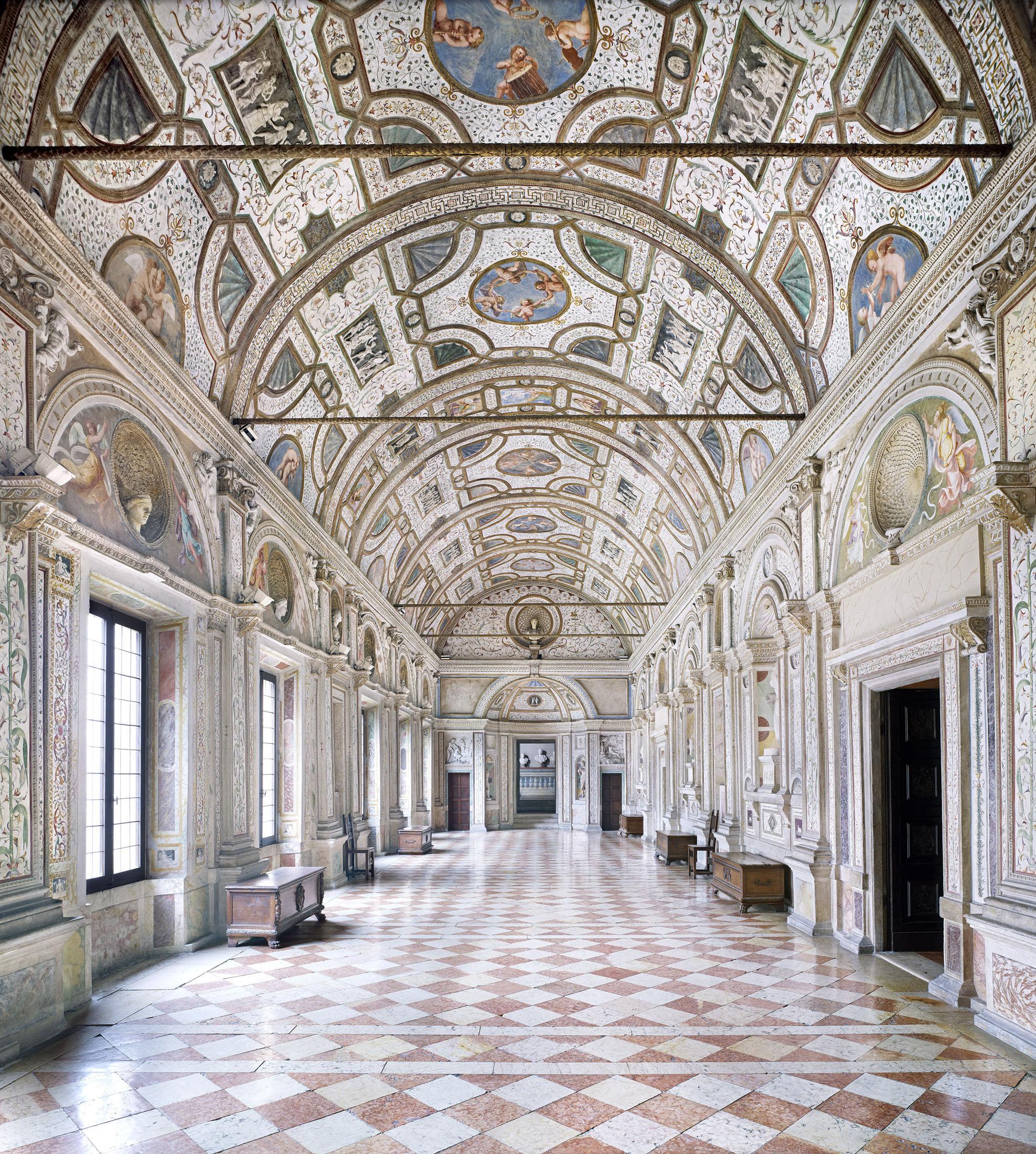 Candida H U00f6fer  Mantova  Palazzo Ducale  Loggia Dei Marmi