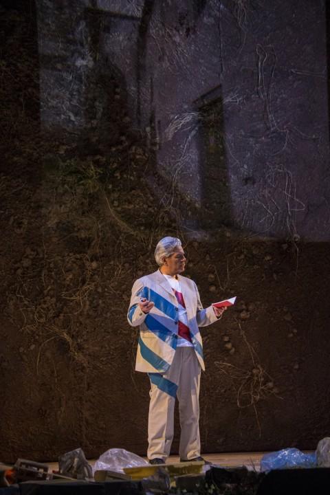 Andrea Molino, Qui non c'è perché, 2014 - Teatro Comunale di Bologna - photo © Rocco Casaluci