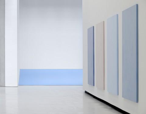Ettore Spalletti - Un giorno così bianco, così bianco - veduta della mostra presso il Maxxi, Roma 2014 - photo Matteo Ciavattella