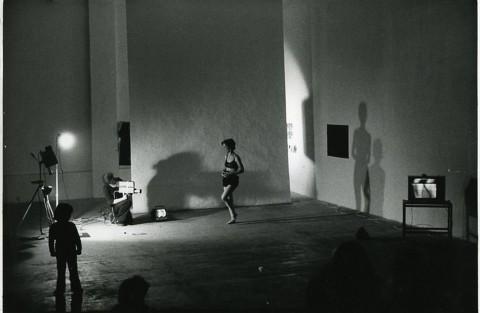 Joan Jonas, Organic Honey's Vertical Roll (1972/1973), Performance: Musee Galleria, Paris, 1973, Photo Giorgio Colombo, Milano. Courtesy the artist