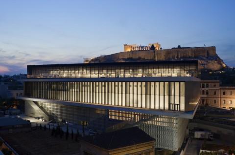 Bernard Tschumi. New Acropolis Museum