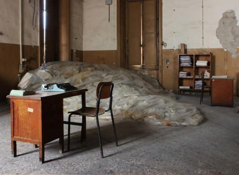 Gian Maria Tosatti - 2_Estate - 2014 - Environmental installation - Detail