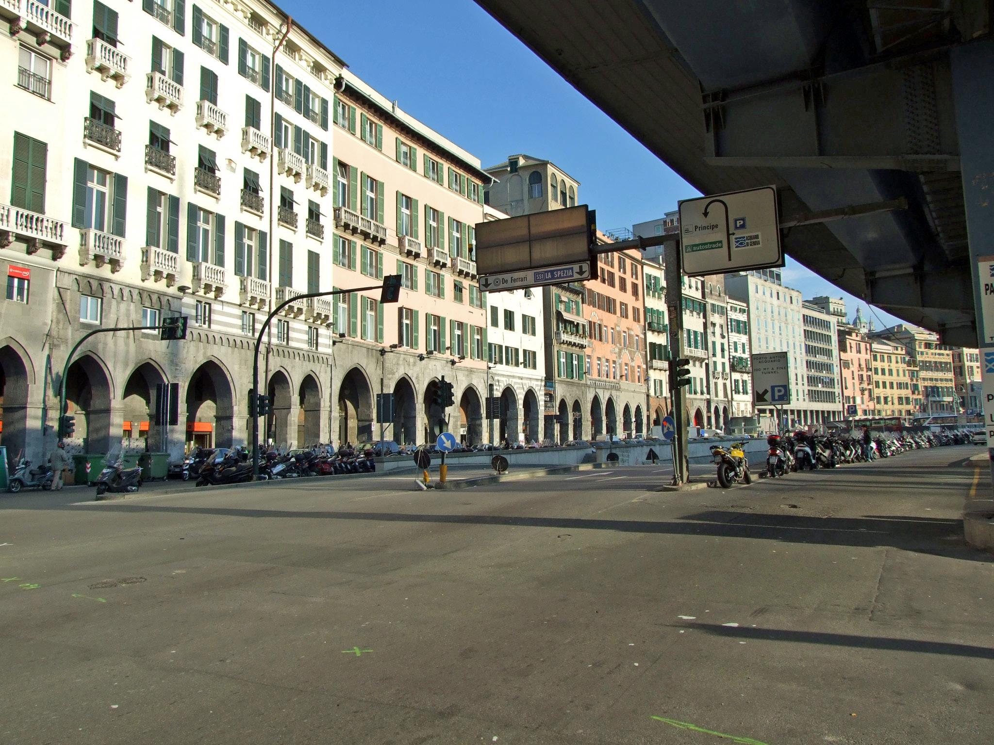 Genova via gramsci artribune for Arredo bagno via gramsci genova