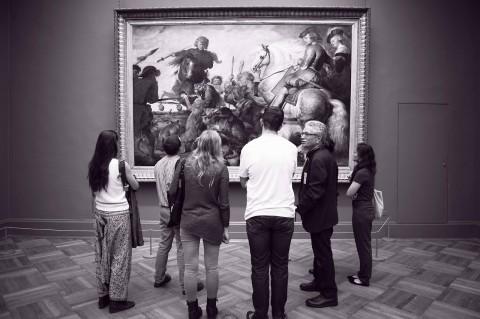 David Freedberg al Met con  i suoi studenti