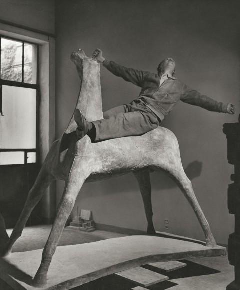 Herbert List, Il cavaliere - The sculptor Marino Marini on his horse, Milan, Italy, 1952 © Herbert List / Magnum Photos
