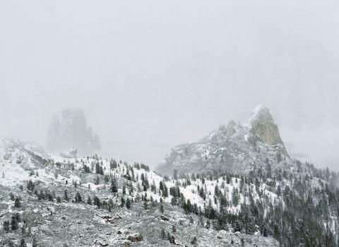 Axel Hütte, Passo Giau, serie New Mountains, 2012, 155x205 cm