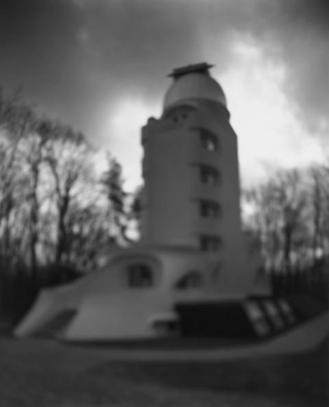 Hiroshi Sugimoto, Einstein Tower, 2000