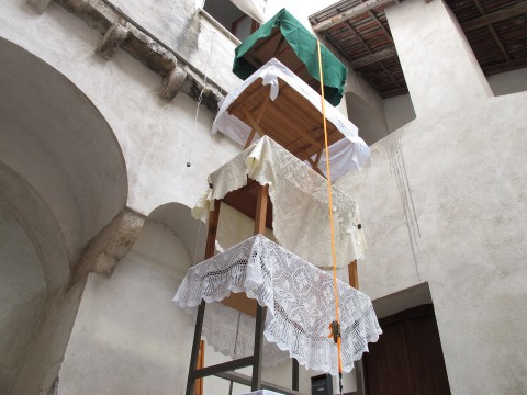 Public Spaces-A Place For Action, Roccagloriosa - Rana Haddad e Pascal Hachem, Vertical Procession, 2014