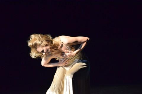 Una coreografia di Pina Bausch - credit Francesco Carbone