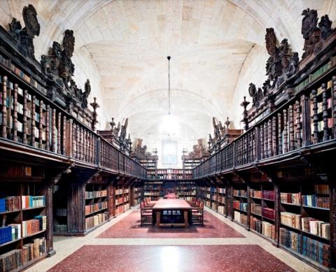 Fondazione Bisazza, Abbadia Cistercense Santa Maria la Real de Oseira I 2010. Candida Höfer