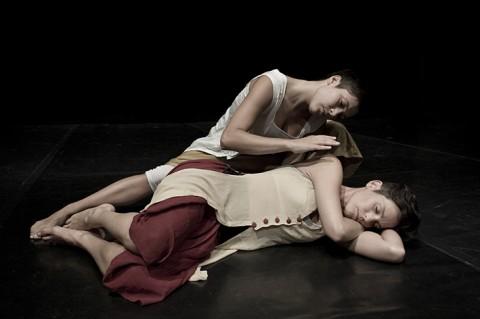 Compagnia Julie Anzillotti, foto Lucia Baldini