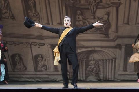 Il Maestro delle Cerimonie © Copyright Michele Borzoni TerraProject, Contrasto