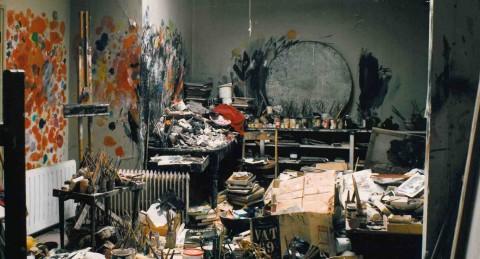 Il celeberrimo studio di Francis Bacon in Reece Mews fotografato da Perry Ogden