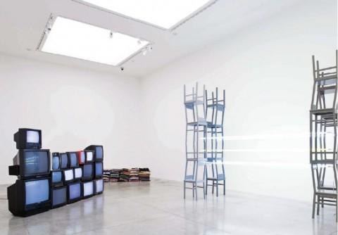 Natascha Sadr Haghighian, SOLO SHOW, 2008. Exhibition view. Courtesy MAMbo-Museo d'Arte Moderna di Bologna. Photo: Matteo Monti, Bologna