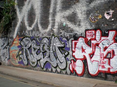 Graffiti su Braithway Street, Shoreditch, London, 2014