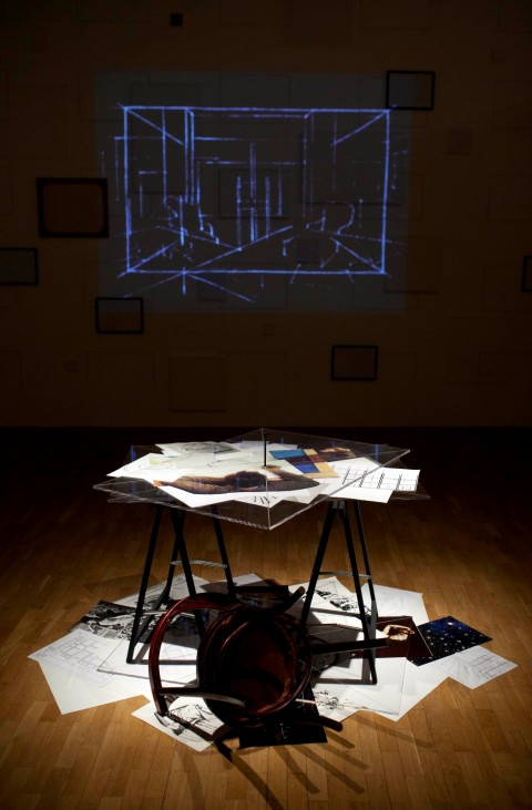 Giulio Paolini - Big Bang, 1997-98 - veduta della mostra presso la Whitechapel Gallery, Londra 2014 - © David Parry/TNR
