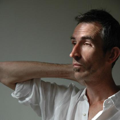 Francis Alÿs, foto di Thierry Bal