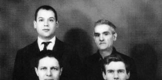 Castellani (in basso a destra) con Piero Manzoni (in alto a sinistra), Bolognini e Laszlo, a Milano © Archivio Castellani, Milano - © Archivio Castellani, Milano