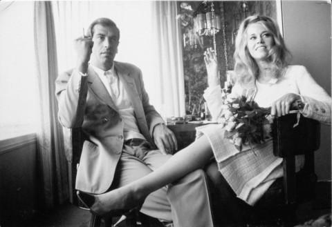 Jane Fonda e Roger Vadim al loro matrimonio a Las Vegas, 1965 - foto Dennis Hopper