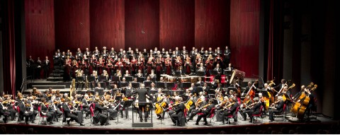 Orchestra e coro del Teatro Regio - photo Ramella e Giannese (c) Teatro Regio