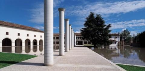 Fabrica, foto di Francesco Radino