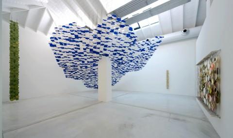 Jacob Hashimoto, Foundational Work, 2013 - photo Michele Sereni