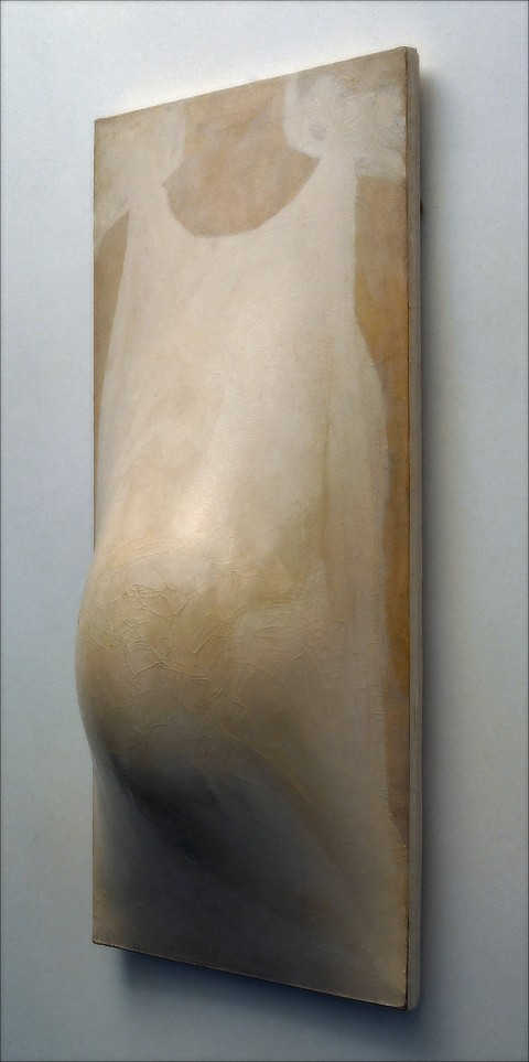 Pino Pascali, Maternità, 1964 - tela dipinta a smalto su centine di legno, palloncino di gomma, cm 120 x 60