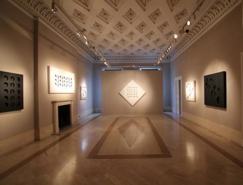Paolo Scheggi in mostra a Londra