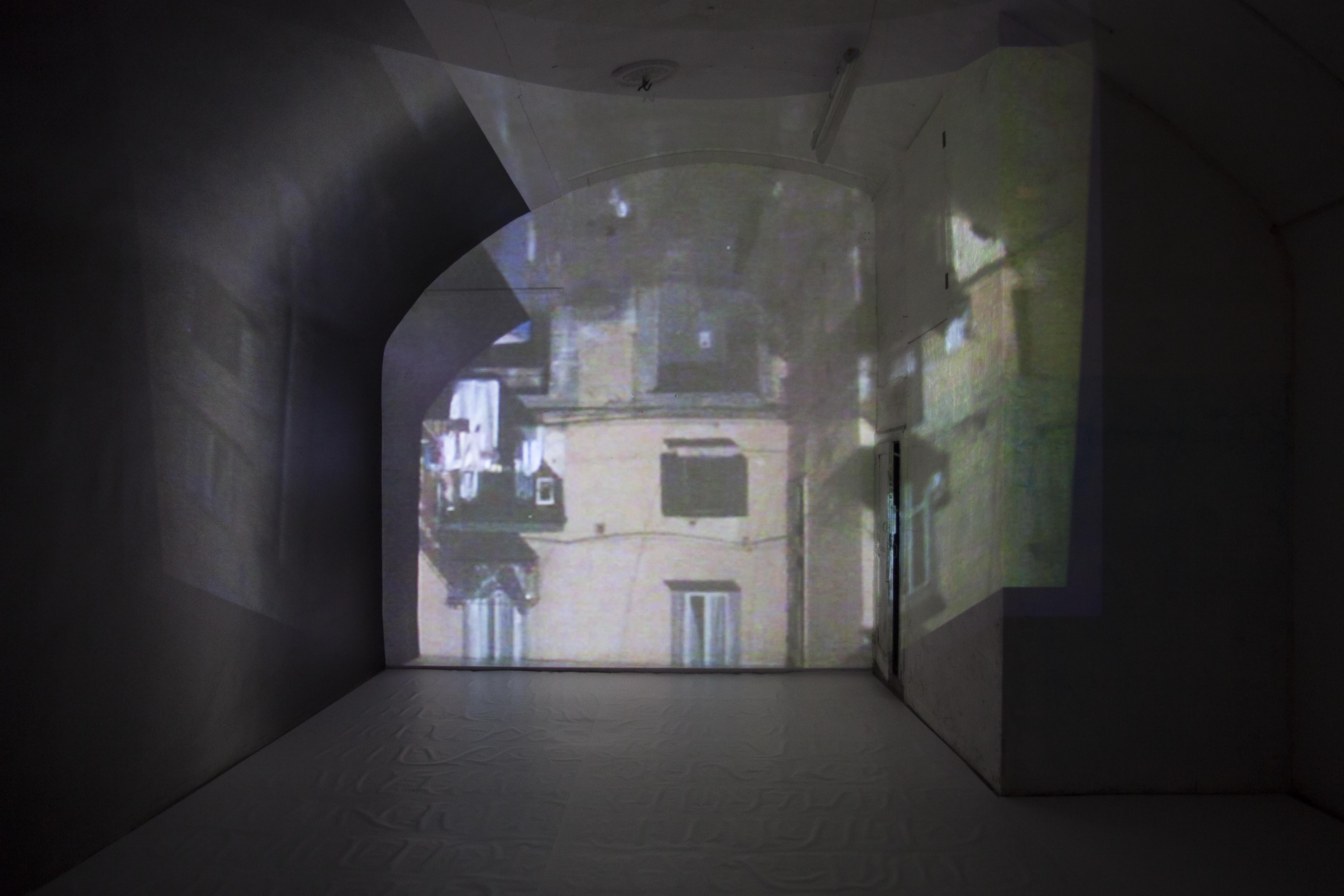 Camere Oscure Bologna : 10. luci 2014 camera oscura installazione courtesy lartista e