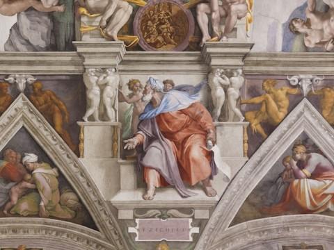 Il profeta Ezechiele della Cappella Sistina illuminata da Osram