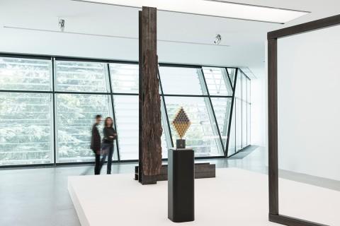 Carol Bove, Carlo Scarpa - veduta della mostra al Museion, Bolzano 2014 - photo Luca Meneghel