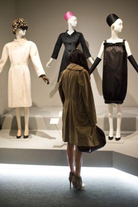 Hubert de Givenchy veduta della mostra presso il Museo Thyssen Bornemisza, Madrid 2014