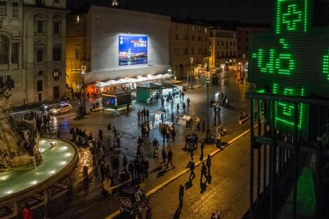 L'opera di Donato Piccolo installata a Piazza Navona - foto Ruggero Passeri