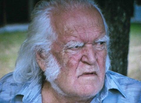 Mario Merz nel video di Tacit Dean, 2002
