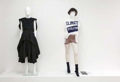 Women Fashion Power - veduta della mostra presso il Design Museum, Londra 2014