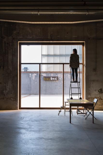 Céline Condorelli - bau bau - veduta della mostra presso HangarBicocca, Milano, 2014 - photo Agostino Osio - courtesy Fondazione HangarBicocca, Milano