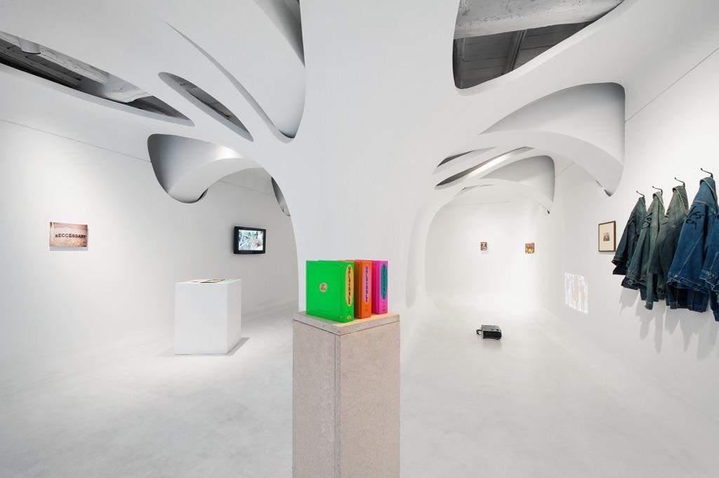 Glumba SKZX - veduta della mostra presso Ex Elettrofonica, Roma 2015 - photo m3studio, Roma