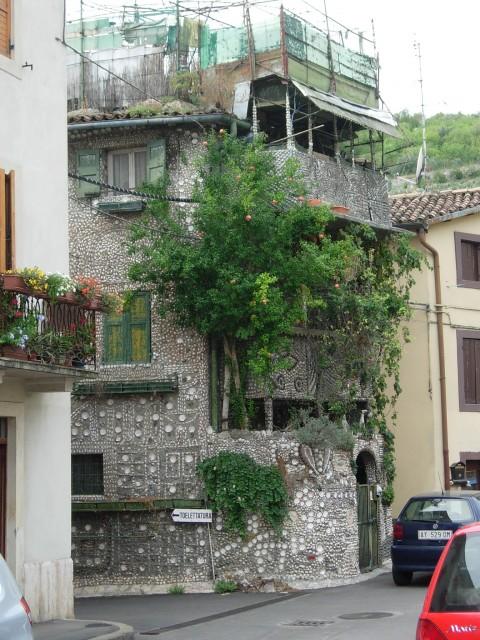La casa delle conchiglie di Angelo Cerpelloni (Veneto)