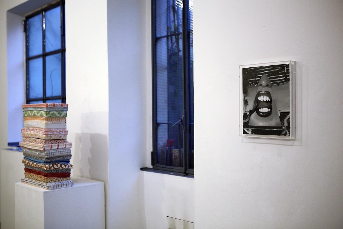 Possibilità di un'isola - veduta della mostra presso Via Farini 68, Milano 2014 - photo Claudia Ferri