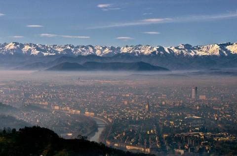 Skyline di Torino con i due nuovi grattacieli